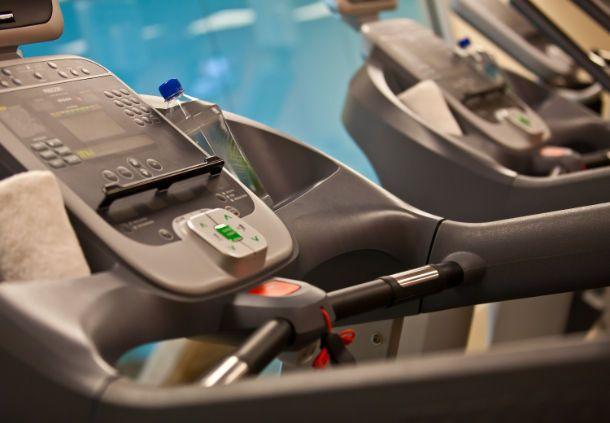 Hotel fitness center Renaissance Newark Airport Hotel   NJ 07201