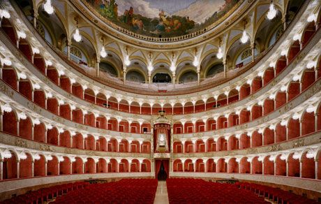 Teatro dell'Opera | Tickets to the 19th Century Teatro dell'Opera | Select Italy