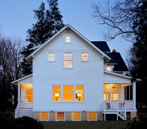 Cherry Street 1920s cottage reno in Virginia // Moore Architects.: Farms Style, Dreams Home, Traditional Exterior, 1920S Cottages, Tiny Cottages, Cottages Design, Moore Architects, White House, Cherries Street