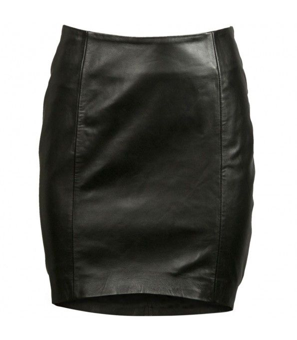 hardtofind monochrome style |  Black Ruby tilted short leather skirt
