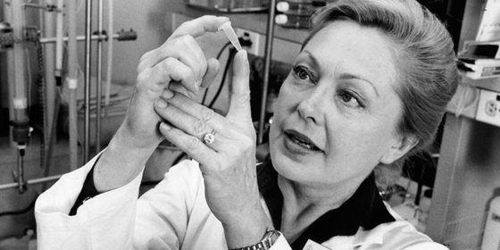 Pioneer for AIDS research Mathilde Krim dies at 91