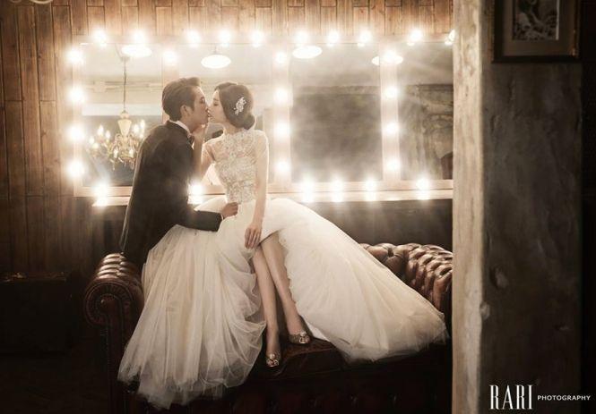 Kiss the bride - utterly romantic scene