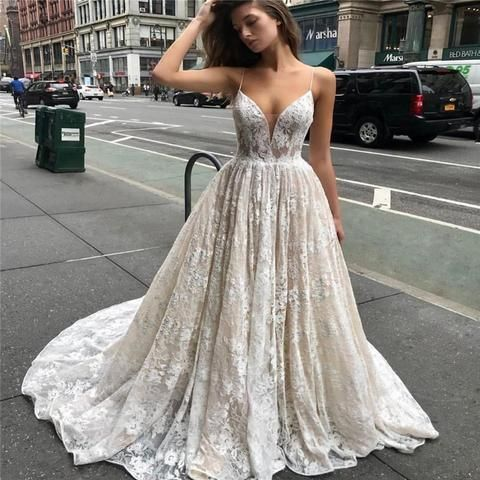 Charming Ivory Lace Straps Lengthy Bridal Gown