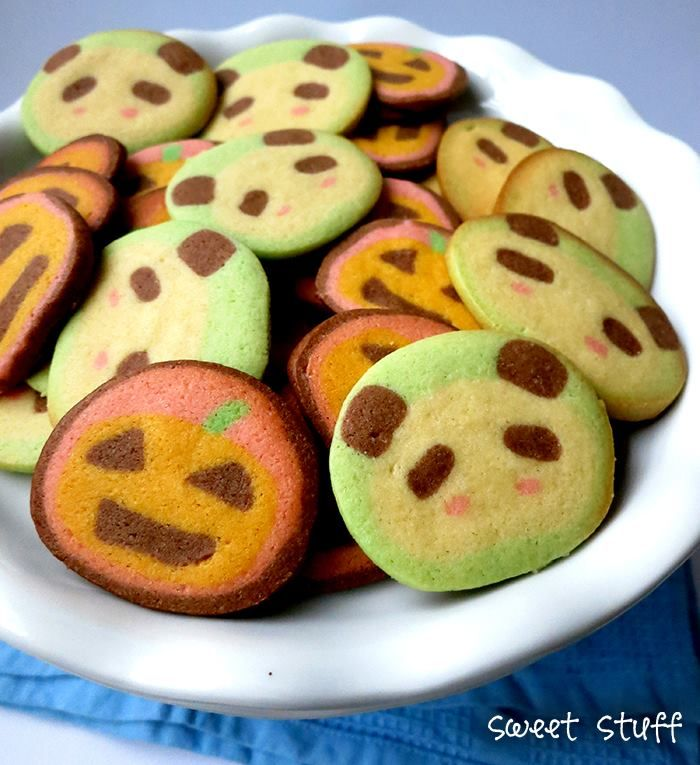 Hidden Surprise Cookies - pumpkin and Panda   #hiddensuprise #pandacookies #sweetstuff #pumpkincookies