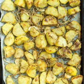 Proper Roast Potatoes [HurryTheFoodUp]