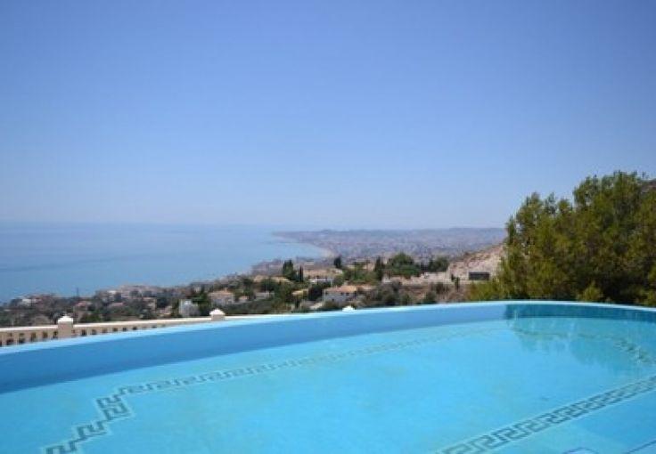 Lovely views from this Spanish Villa 6 bed Benalmadena Pueblo Málaga Ref R2236547