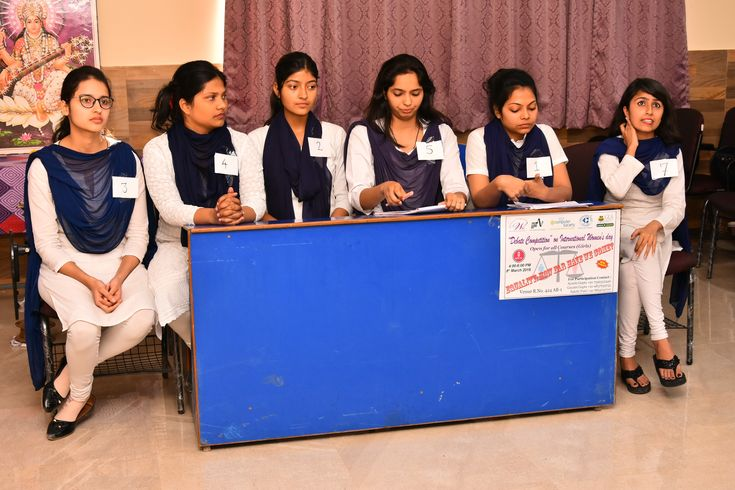 Organised a Debate Competition On International Women's Day by IEEE at GLA University  #GLAUniversity #WomensDay #DebateCompetition