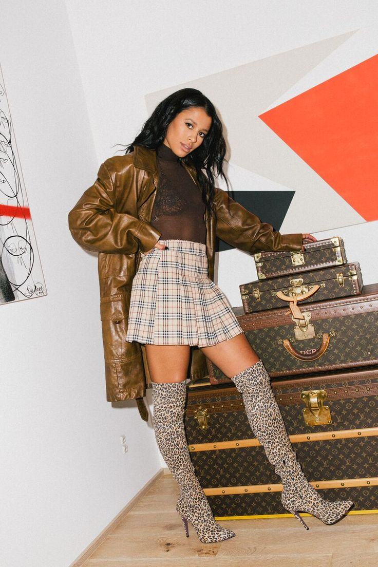 REFINERY 29: Sami Miro Is The Queen Of Vintage (& Will Help You Become One Too) — Sami Miró