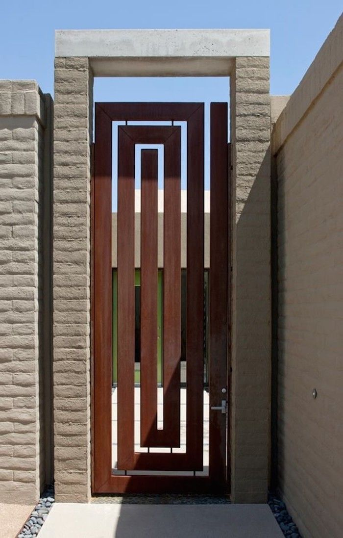 Corten steel gate tucson arizona house gardenista entryways pinterest gardens rusted for Wooden main gate design for home