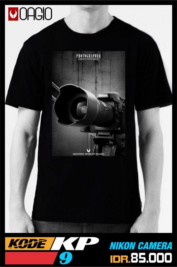 Kaos distro Bandung harga murah dengan menggunakan katun combed 24s untuk para fotografer nikonian tersedia ukuran M, L, dan XL