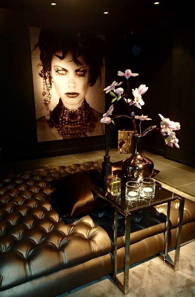 The Netherlands / Ridderkerk / Status Living / Show Room / Living Room / Cobra Art / Eric Kuster / Metropolitan Luxury