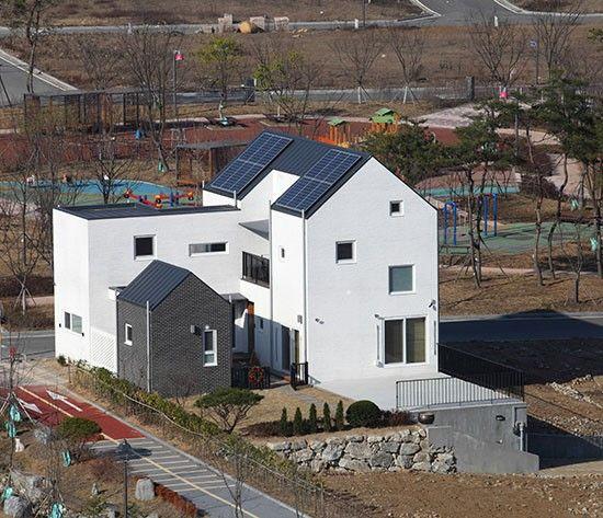 WHITE BRICK HOUSE : 네이버 매거진캐스트