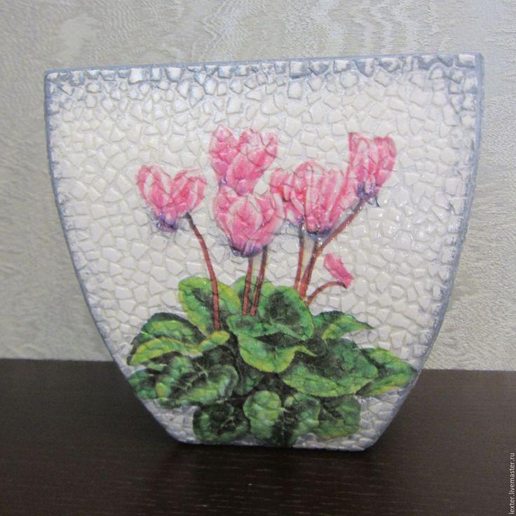 Купить Вазы ручной работы. Стеклянная ваза Цикломены - комбинированный, цветы, цветочная композиция, цикламен