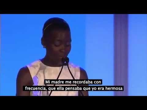 El Discurso De Lupita Nyong'o Sobre La Belleza Dejó A Una Audiencia Completamente En Silencio - YouTube