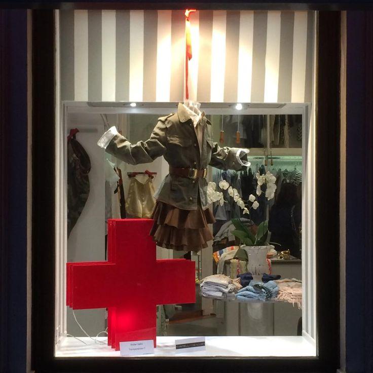 Marinella Galloni SS2017 collection on windows at Petit Monde Torino