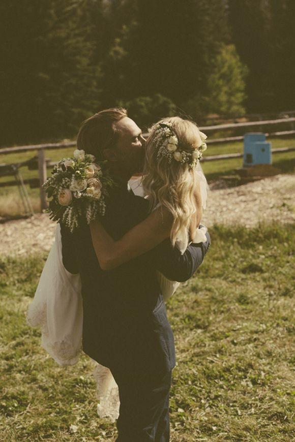 Ill photograpn your wedding- Inspiration,    Wedding Bells: Gillian and Joey | Free People Blog #freepeople