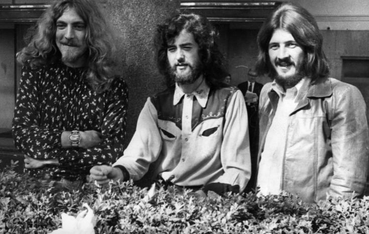 Led Zeppelin Announce Record Store Day 7″ Featuring Unreleased Music | SPIN  ||  Anna Gaca // February 27, 2018 Share < br />this article: CREDIT: Ian Showell/Keystone/Getty Images  On Record Store Day this year, fans of little-known independent musicians Led Zeppelin will have an opportunity to purchase some previously unreleased music. The band will release a limited-edition 7″ limited single featuring two unheard…