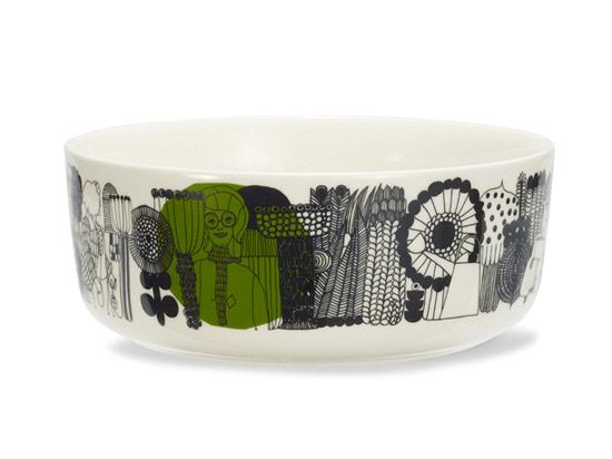 Large Siirtolapuutarha bowl by marimekko. I love that the large bowl shows the community-gardners and the fruits of their labor!