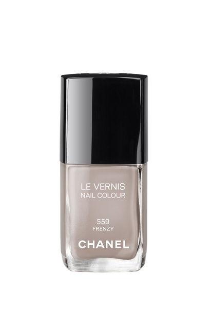 Chanel Nagellack: Le Vernis Hitchcock - VOGUE - FRENZY