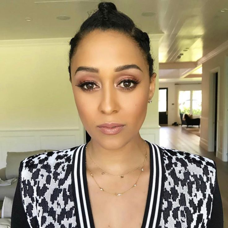"40.5k Likes, 198 Comments - @tiamowry on Instagram: ""#alleyezonmemovie  Hair- @kendragarvey  Makeup- @juliannekaye"""