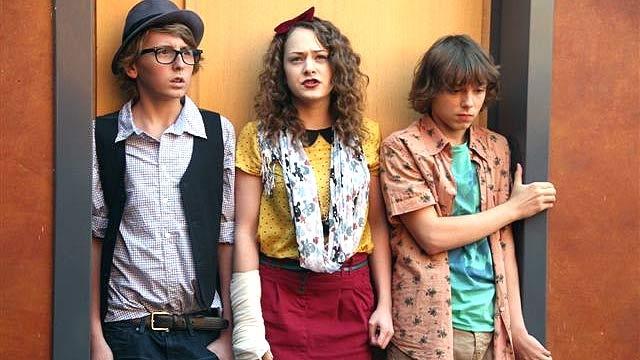 Cineast: Новости сериалов. Disney и Первый канал сняли сериал о жизни школьников