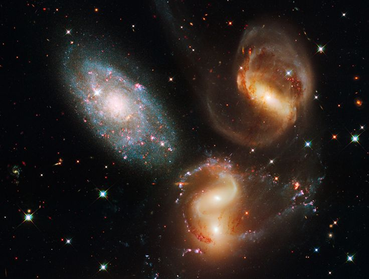New Hubble Pictures: Galact Wreckag, Stephane Quintet, Galaxies, Hubble Spaces Telescope, Cosmo, Stars, Hubble Telescope, Finals Frontier, Astronomy