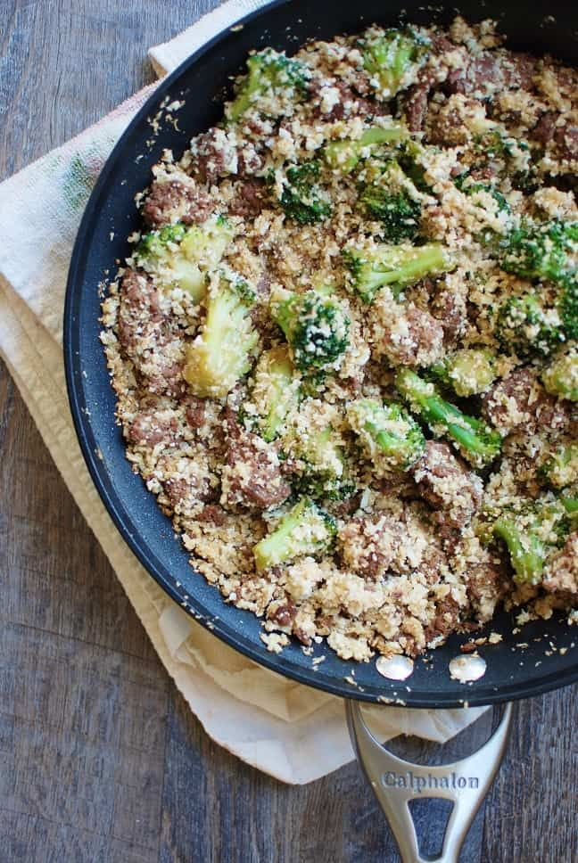 Korean Ground Beef Bowl With Cauliflower Rice Broccoli Snacking In Sneakers Recipe Ground Beef Broccoli Rice Beef