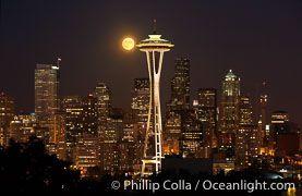 Luna şi Acul Spaţial 32 - Seattle, statul Washington, SUA