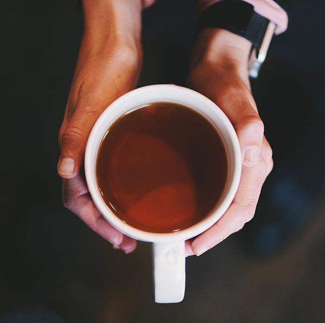 #starbucks #glasgow #uk #tea #sony #sonya #vsco #85mm18 #sony85mm