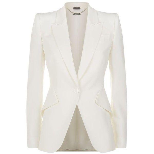 Alexander McQueen Peak Lapel Crepe Blazer (420.535 HUF) ❤ liked on Polyvore featuring outerwear, jackets, blazers, casacos, coats, blazer jacket, white blazer jacket, peak lapel jacket, tailored blazer and peak lapel blazer