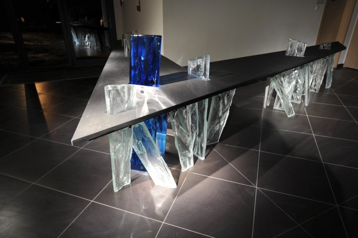 Tomasz Unbanowicz large scale glass in architechtural installations http://www.archiglass.com.pl