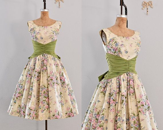 Hey, I found this really awesome Etsy listing at http://www.etsy.com/listing/151430894/vintage-1950s-dress-party-dress-floral