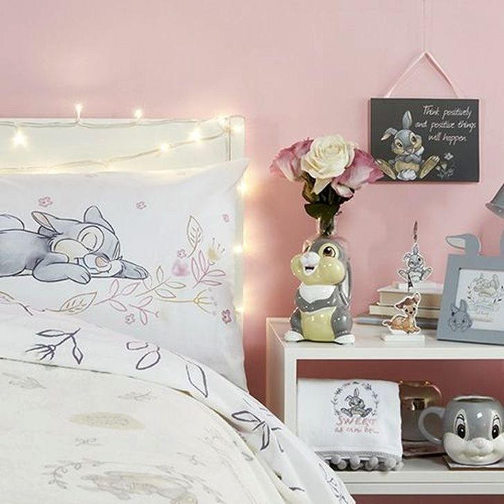 Awesome Disney Bedroom Design Ideas For Your Children 34 Disney Room Decor Disney Decor Bedroom Disney Princess Bedroom