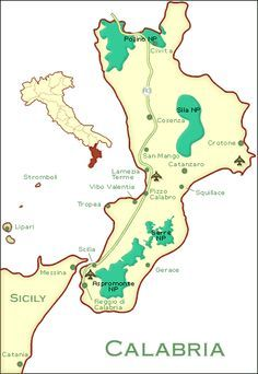 Calabrian Coast in Italy | Map of Calabria Italy © James Martin, Europe for Visitors