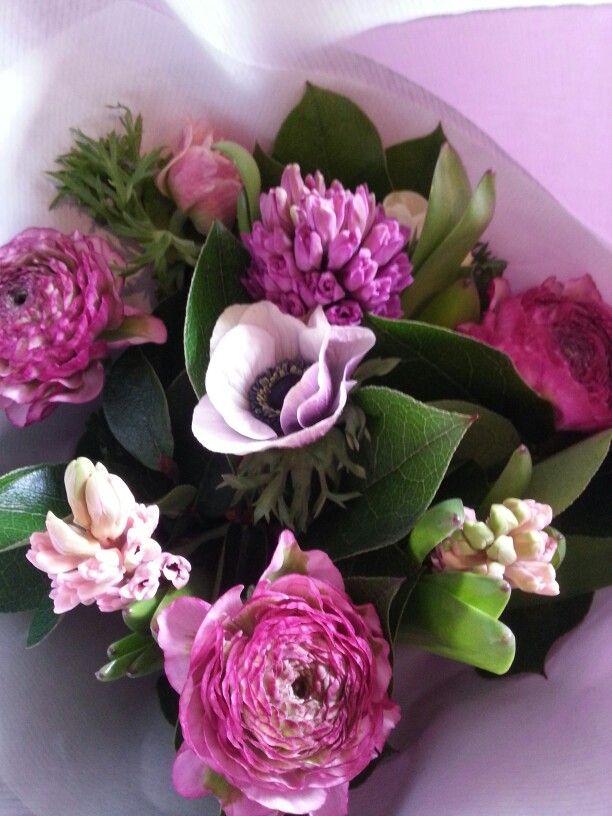 Voorjaar boeket, ranonkel cloney serie, hyacint, anemoon