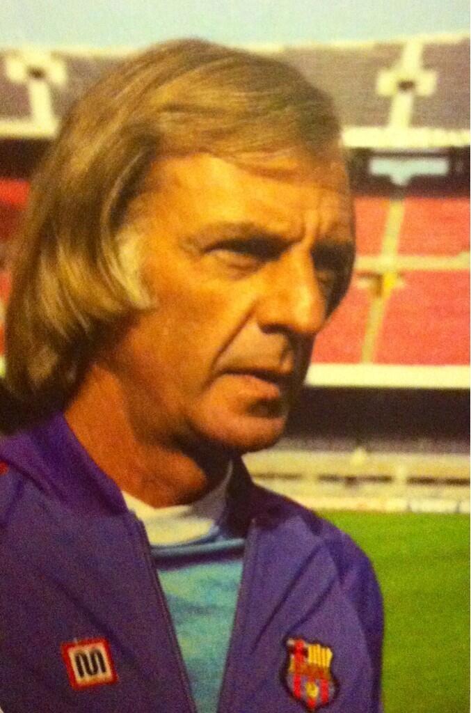 César Luis Menotti, en su época como entrenador del FC Barcelona. Fue el tercer técnico 'barçargentino' en la historia del club azulgrana. ¿Habrá un cuarto?