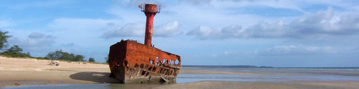 The Lightship, Virilya Beach.  Off Road Adventure Safaris.  www.tourcapeyork.com.au