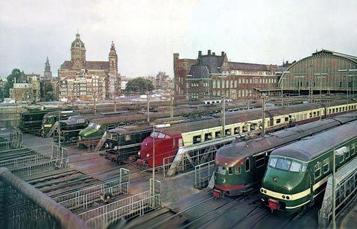125 jaar spoorwegen in Nederland.