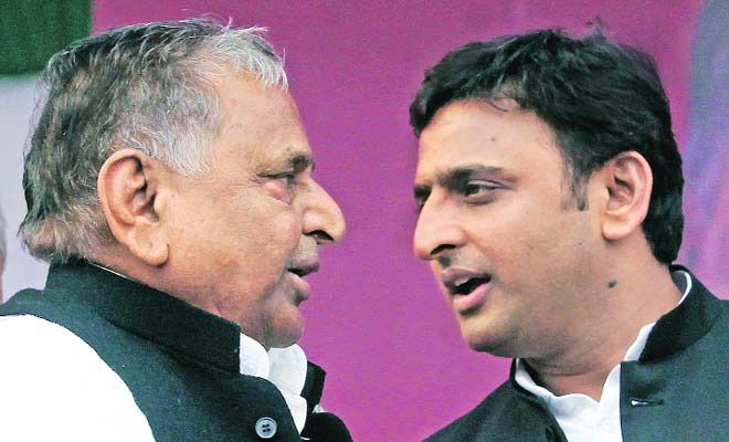 SP headed for split as family power struggle intensifies - http://thehawk.in/news/sp-headed-for-split-as-family-power-struggle-intensifies/