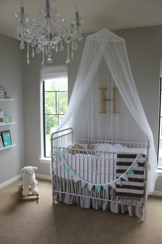 Veronika's Blushing: Harper's Nursery Reveal!
