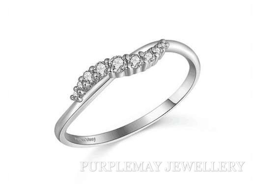 Wave Diamond Band 18K White Gold  9pcs diamond,