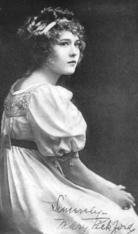 Mary Pickford in Motion Picture Magazine, July 1914