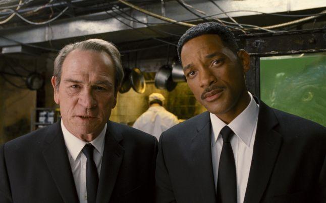 """Filmul """"Bărbaţi în negru 3"""", acuzat de plagiat. Un student le cere 2 miliarde de dolari scenariştilor"""