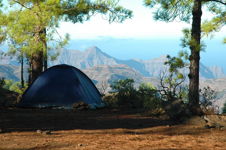Camping in the Canary Islands - Tips and practical information about staying at zonas de acampada state-run campsites in Tenerife and Gran Canaria.
