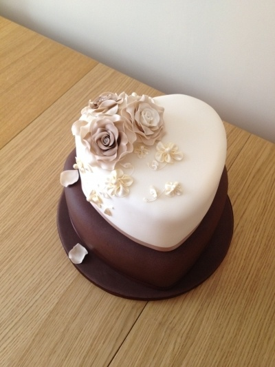 mocha & ivory heart shape wedding cake
