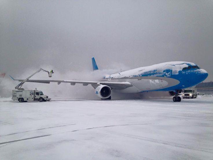 Limpiando el avión en #NuevaYork