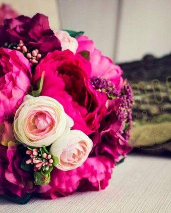 Ozel tasarım gelin buketlerimizle ilgili Limon'a ulaşın! Sınırlı sayıdaki bu çok özel buketlere sahip olun! #gelin #gelinciceği #buket #dugun #wedding #bride #bridal #bouquet #tasarim #design #style #lavanta #mor #purple #lavender