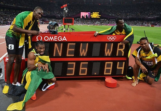 Usain Bolt, Yohan Blake, Michael Frater and Nesta Carter smash   4x100 relay world record to post a time of 36.84