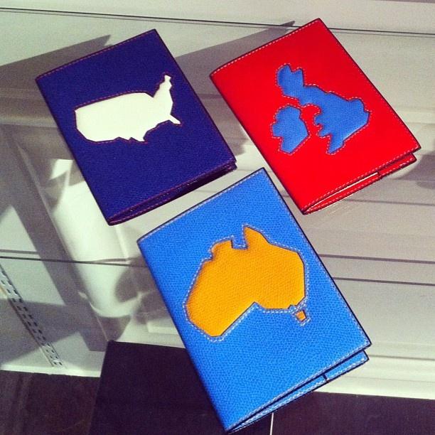 Very Cool: Bottega Veneta passport covers from Mr. Porter.: Passport Covers, Bottega Veneta, We D Packs, Valextra Passport, Men Bags, Veneta Passport, Stylish Men