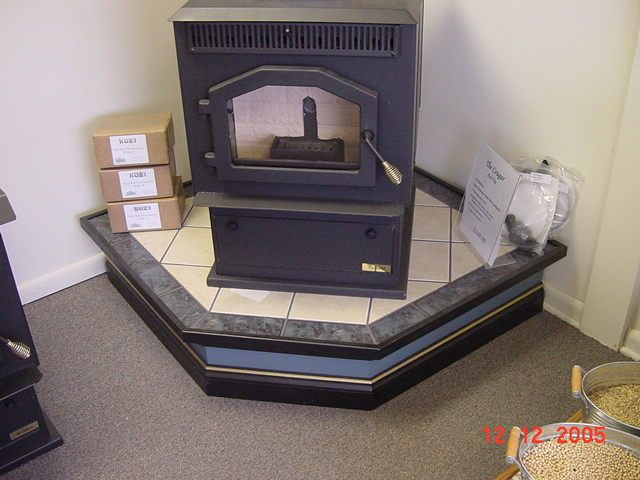 Best 25+ Hearth pad ideas on Pinterest | Pellet wall ...